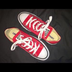 Red Converse ❤️